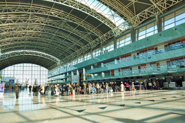 Пассажиры SkyUp застряли в львовском аэропорту