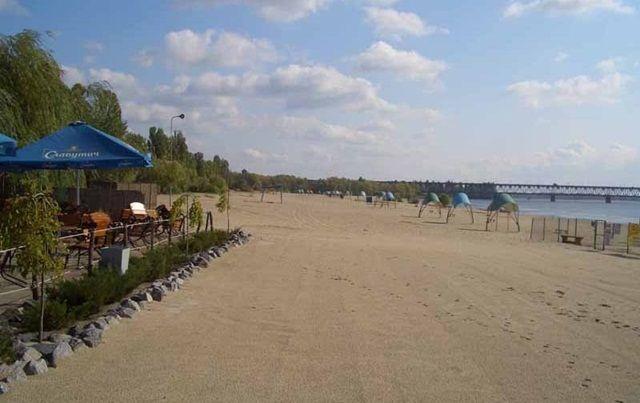 На всех пляжах Киева не рекомендуется купаться
