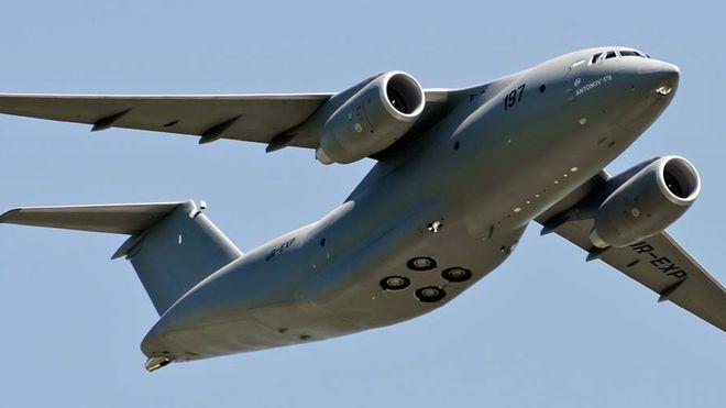 Украинский самолет Ан-178 улетел на выставку в Великобританию