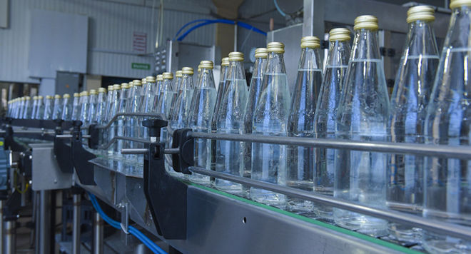 Из-за дефицита хлора в Украине может быть остановлено производство напитков