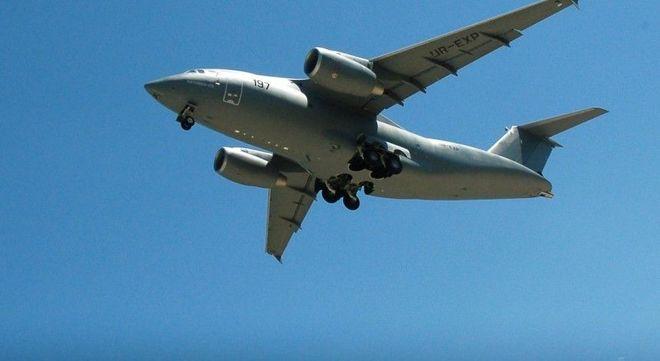 Украинский военный самолет пролетел над Великобританией