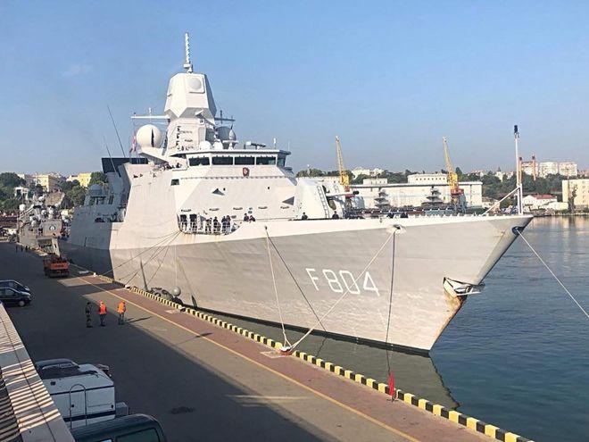 В Одессу зашли военные корабли НАТО