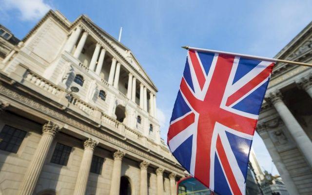 Англия запретила украинцам открывать счета в своих банках