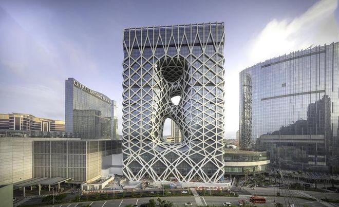 В Китае построили первый в мире небоскреб, противостоящий природным катастрофам