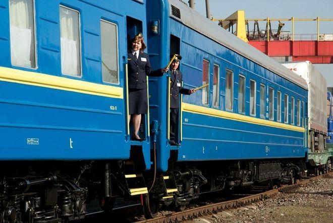 """В """"Укрзализныце"""" посчитали свои вагоны с кондиционерами"""