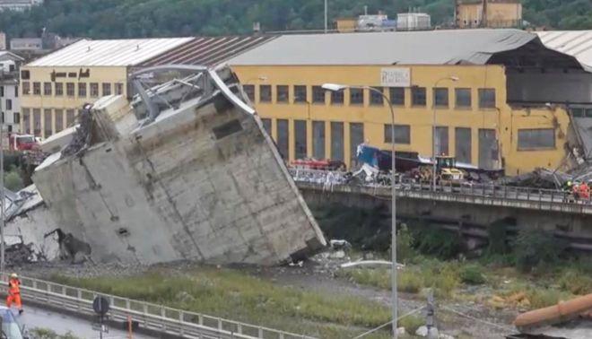 В Италии обрушился автомобильный мост, десятки человек погибли