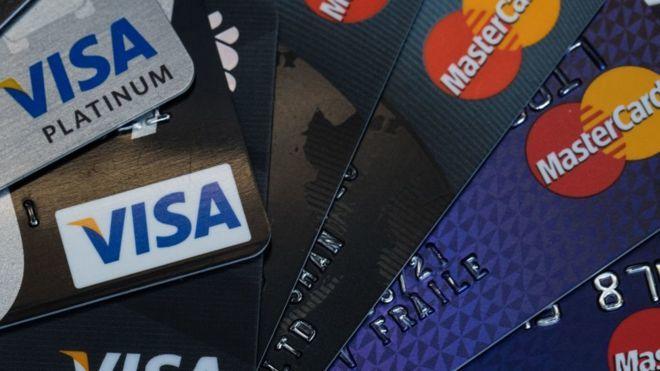 Крымский Генбанк решил отказаться отобслуживания Visa иMastercard