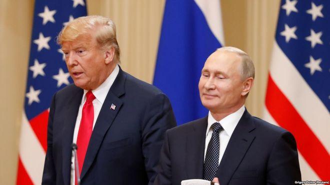 Кремль держит паузу и делает ставку на Трампа