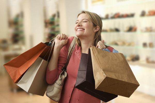 В украинских магазинах стали больше продавать товаров по скидкам
