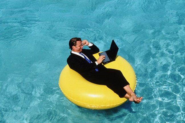 Кто в Европе больше всего тратит денег на отпуск