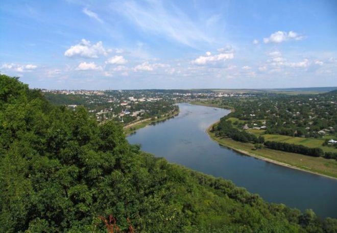 Украина хочет построить мост в Молдову через Днестр