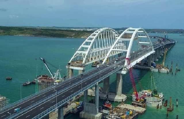 Украина хочет ввести новые санкции вотношении строителей Крымского моста