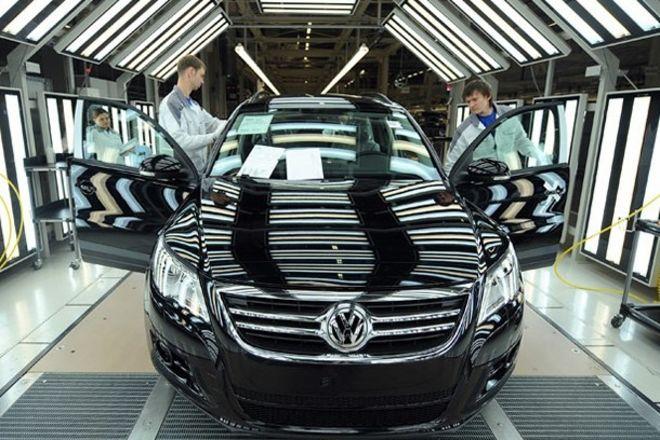 """Volkswagen рискует потерять миллиард евро из-за """"дизельного скандала"""""""