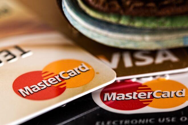 Проминвестбанк откажется от MasterСard и работы с физлицами