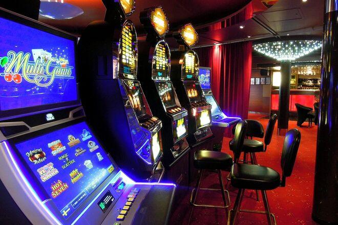 Залов игровых автоматов игровой автоматы играть бесплатно лото