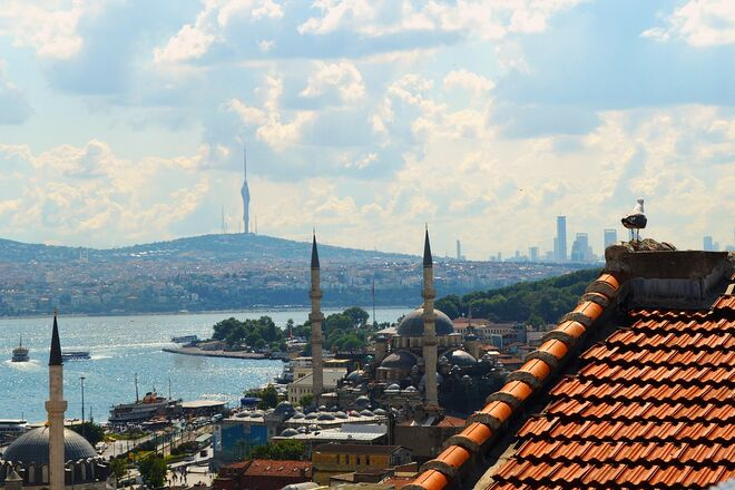 Турция меняет условия въезда в страну для украинцев - фото
