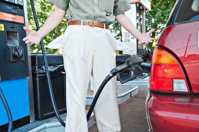 Brent по $100, бензин – больше 35 грн/л: нефти сулят рост до 7-летнего максимума - фото