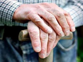 В Курске рецидивист выманил деньги у 88-летнего пенсионера